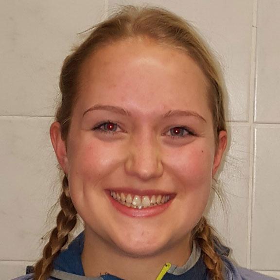 Nadja Ainneter (Att)
